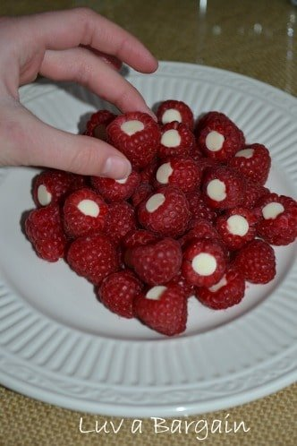 Raspberries with White Chocolate Chips1