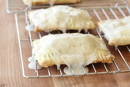 Caramel-Apple-Pie-Pop-Tarts_thumb