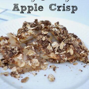 apple crisp on a white plate