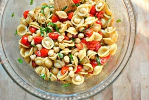 Caprese-Pasta-Salad
