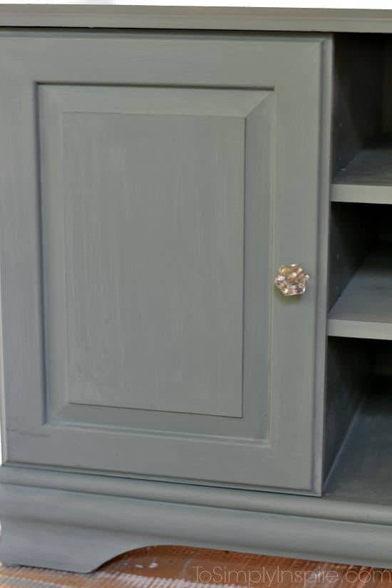 Chalk Paint TV Stand Makeover