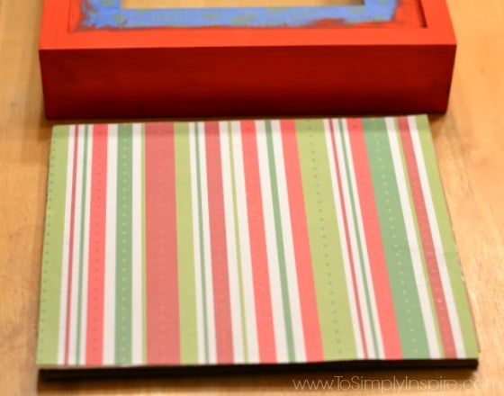 DIY Holiday Shadowbox Frame