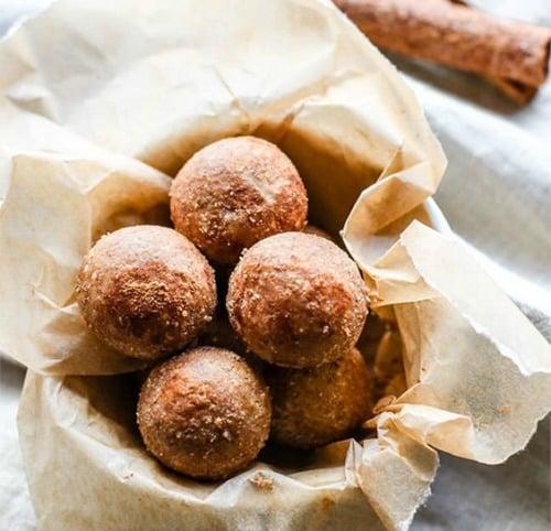 Cinnamon Vanilla Breakfast Protein Bites