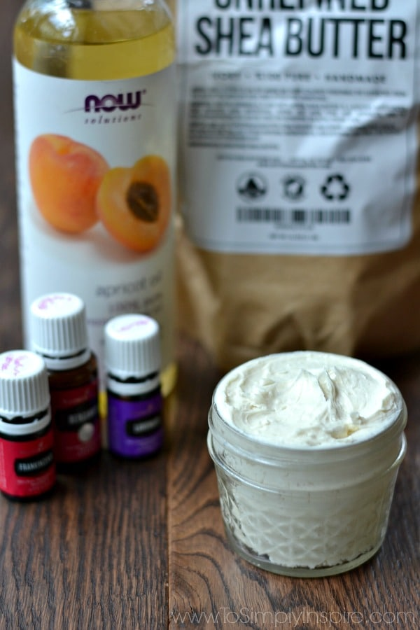 This easy homemade lotion recipe will leave your skin ultra smooth. Just three ingredients are used for a wonderful non-greasy formula. I am in LOVE!