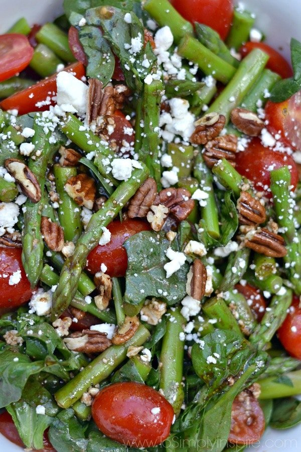 Spinach, Asparagus, Tomato Salad with Balsamic Vinaigrette - To Simply ...