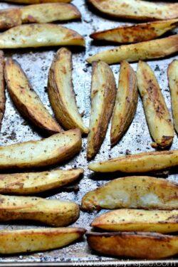 Greek Lemon Roasted Potatoes