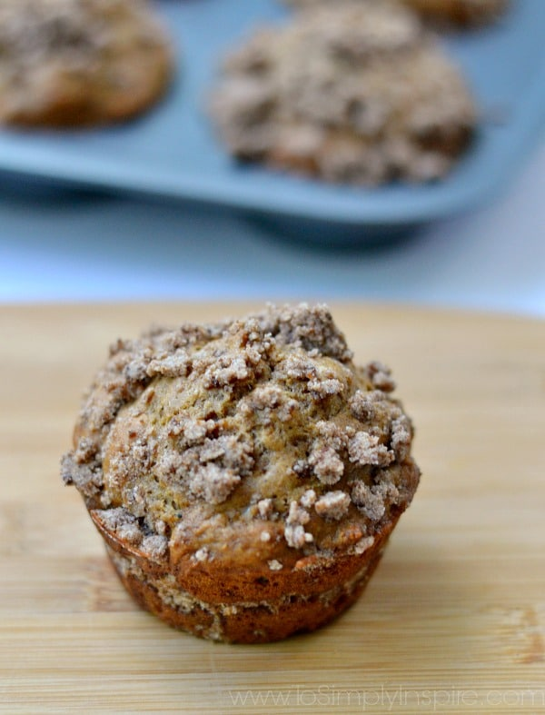Healthy Coffee Cake Muffins that are made lighter with a few healthy swaps and topped with delicious cinnamon crumbles.