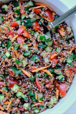 Quinoa Tabouli Salad (Tabbouleh)