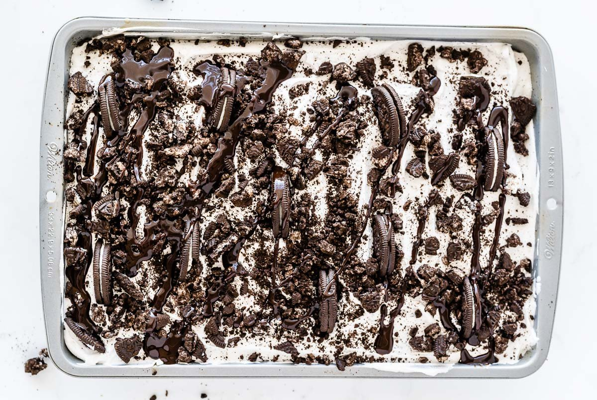 pan of oreo cookie poke cake
